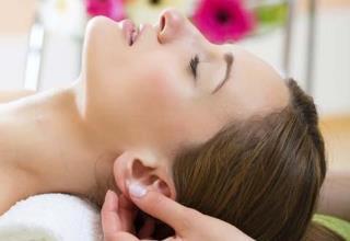 Digital pressure massage (acupressure)
